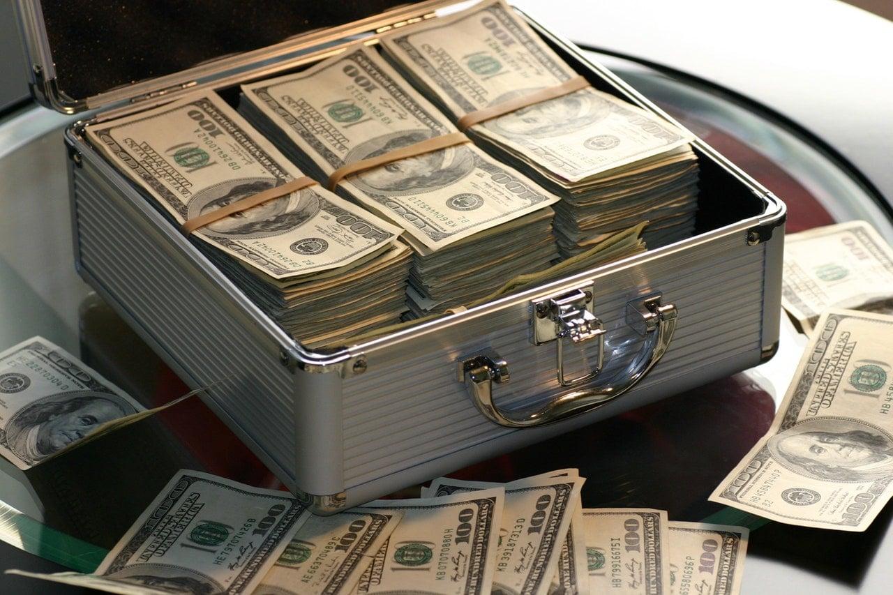 החוק להגבלת שימוש במזומן ועסקאות במקרקעין